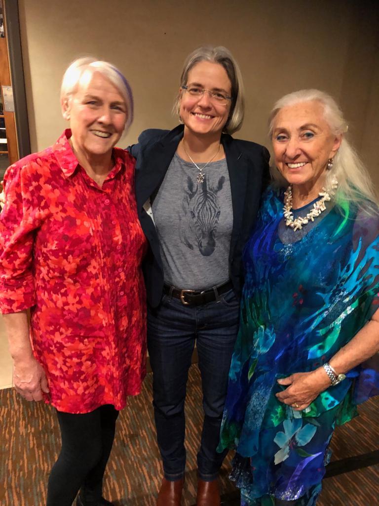 Daniela junta con Robyn & Linda en la ultima conferencia int TTouch